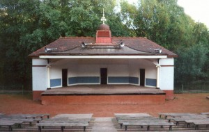 Kevingrove Bandstand condition 1990